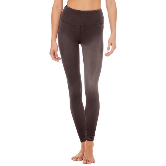 160019b54c291 ALO Yoga Pants - ALO Yoga High Waist Posh Leggings / Raisin / XS